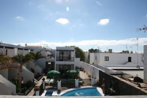 Apartamentos las lilas in puerto del carmen spain best - Apartamentos las lilas ...