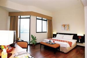 Hotel Sentral Seaview, Penang photo