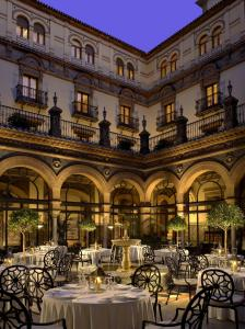 Hotel Alfonso XIII photo
