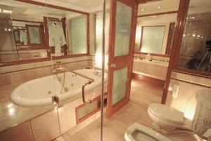 Best dating hotel in lahore