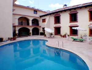 Hotel santa clara en san crist bal de las casas mexico for Hotel casa de los azulejos booking