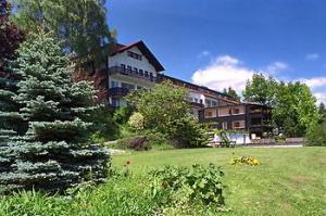 Landhotel wiedenhof in baustert germany best rates for Design hotel eifel germany