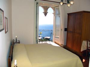 Hotel bel soggiorno in taormina italy best rates for Hotel bel soggiorno