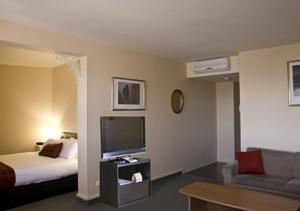 Comfort Inn Coach House Launceston photo