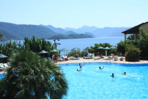 Club Nimara Beach Resort Hotel