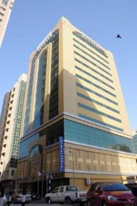 Crystal plaza hotel sharjah 3 оаэ шарджа где купить квартиру за границей у моря недорого