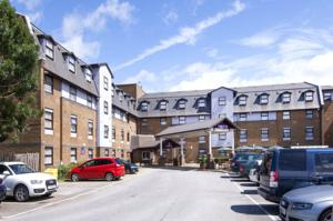 Premier Inn London Gatwick Airport (A23 Airport Way) photo