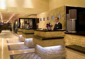 Courtyard by Marriott Paris Neuilly photo