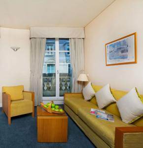 Citadines prestige op ra vend me paris in paris france for Appart hotel vendome