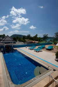White Sand Resortel, Patong photo