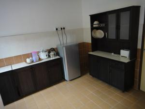 Alina Holiday Apartment and Budget Hotel @ Imperial Court photo