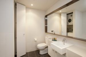 Melbourne Short Stay Apartments On Whiteman photo
