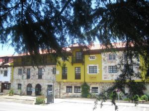 Apartamentos capriccio in santillana del mar spain best rates guaranteed lets book hotel - Apartamentos capriccio santillana del mar ...