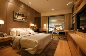 eStay Residence • Poly World Trade Center photo