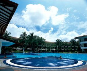 Holiday Villa Beach Resort Amp Spa Langkawi In Pantai Cenang