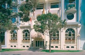 Grand hotel astoria in grado italy best rates for Hotel euro meuble grado