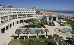 Las Arenas Balneario Resort photo