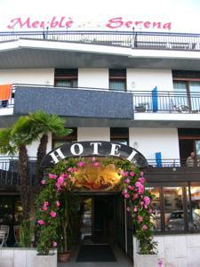Hotel serena in grado italy besten preise garantiert for Hotel euro meuble grado
