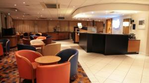Holiday Inn Express London - Wandsworth photo