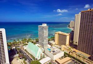 Waikiki Beach Marriott Resort Spa In Honolulu Usa Lets