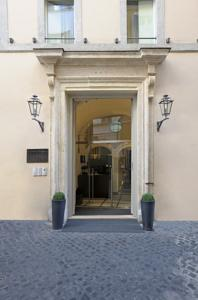 Trevi Palace Luxury Apartments photo