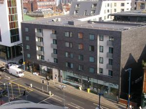 PREMIER SUITES Manchester in Manchester, UK - Lets Book Hotel