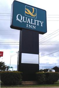 Quality Inn North Austin photo