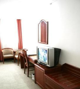 Jin Jiang East Asia Hotel photo