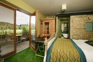 The Townhouse In Durham Uk Best Rates Guaranteed Lets