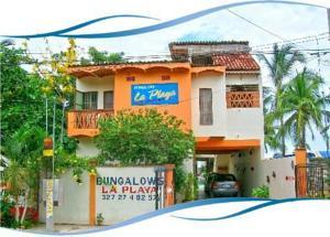 Bungalows la playa en los ayala mexico mejores precios for Bungalows villas del coral los ayala