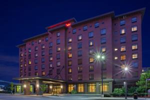 Hampton Inn & Suites Pittsburgh Downtown