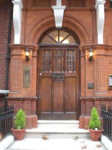 Kensingtoncourt aparthotel in london uk best rates for Londre appart hotel