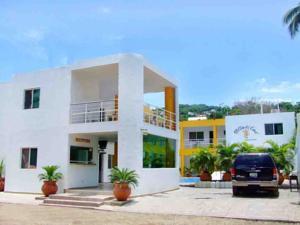 Villas del coral en los ayala mexico mejores precios for Hotel villas corona los ayala