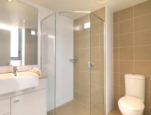 Meriton Serviced Apartments - Broadbeach photo