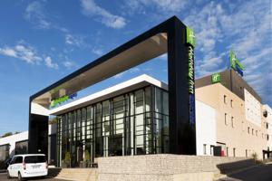 Holiday Inn Express Marseille - Provence Airport photo