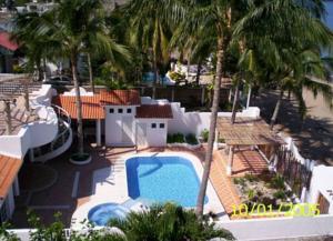 Quinta los troncos los ayala mexico lets for Hotel villas corona los ayala