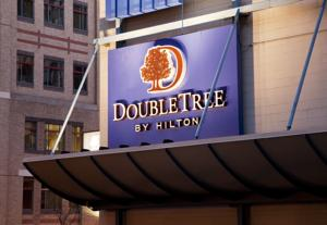 DoubleTree by Hilton Hotel Boston - Downtown photo