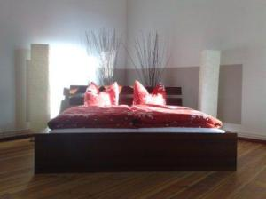 Apartment am rosenthaler platz in berlin germany best for Apartments maison am olivaer platz