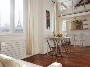 studios paris appartement atelier de picasso paris france meilleurs tarif garantis lets. Black Bedroom Furniture Sets. Home Design Ideas