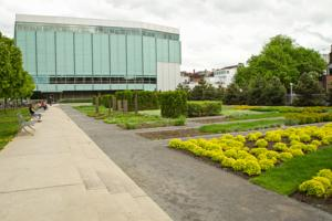 Auberge le jardin d 39 antoine in montreal canada best for Auberge jardin d antoine montreal