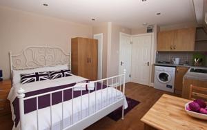 Melrose Apartment Hotel In London UK Best Rates Guaranteed - Apartment hotels london