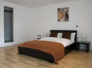 The Apartment Company in Manchester, UK - Lets Book Hotel