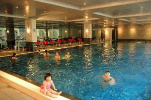 Fm7 resort hotel in jakarta indonesia best rates guaranteed lets book hotel for Indoor swimming pool in jakarta