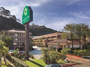 La Quinta Inn & Suites San Diego SeaWorld Zoo Area
