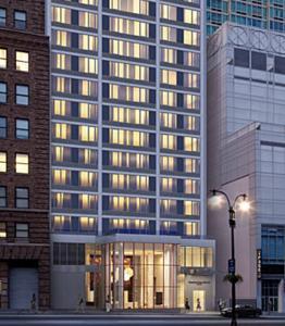 Fairfield inn suites by marriott new york midtown manhattan penn station in new york usa for Marriott near madison square garden
