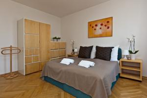 Lovely Prague Apartments - TruhláÅ™ská photo
