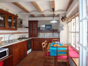 Singularstays miracle in valencia spain best rates - Singular kitchen valencia ...
