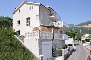 Apartmani Vukovic In Herceg Novi Montenegro Lets Book Hotel