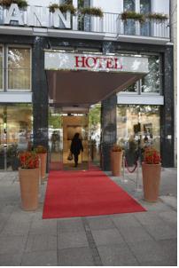grand hotel mussmann in hannover germany lets book hotel. Black Bedroom Furniture Sets. Home Design Ideas