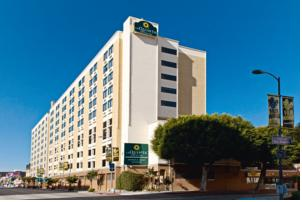la quinta inn suites lax in los angeles usa lets book. Black Bedroom Furniture Sets. Home Design Ideas